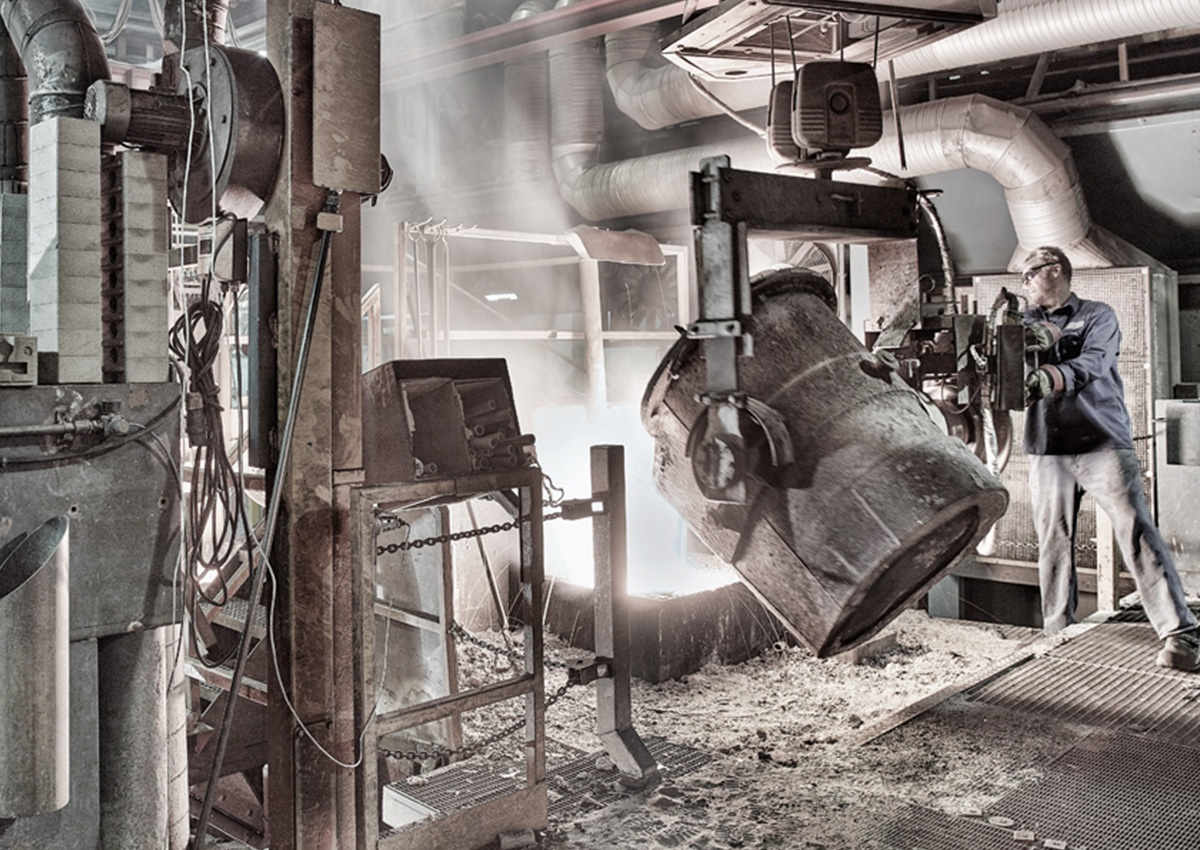 Ild og flydende stål